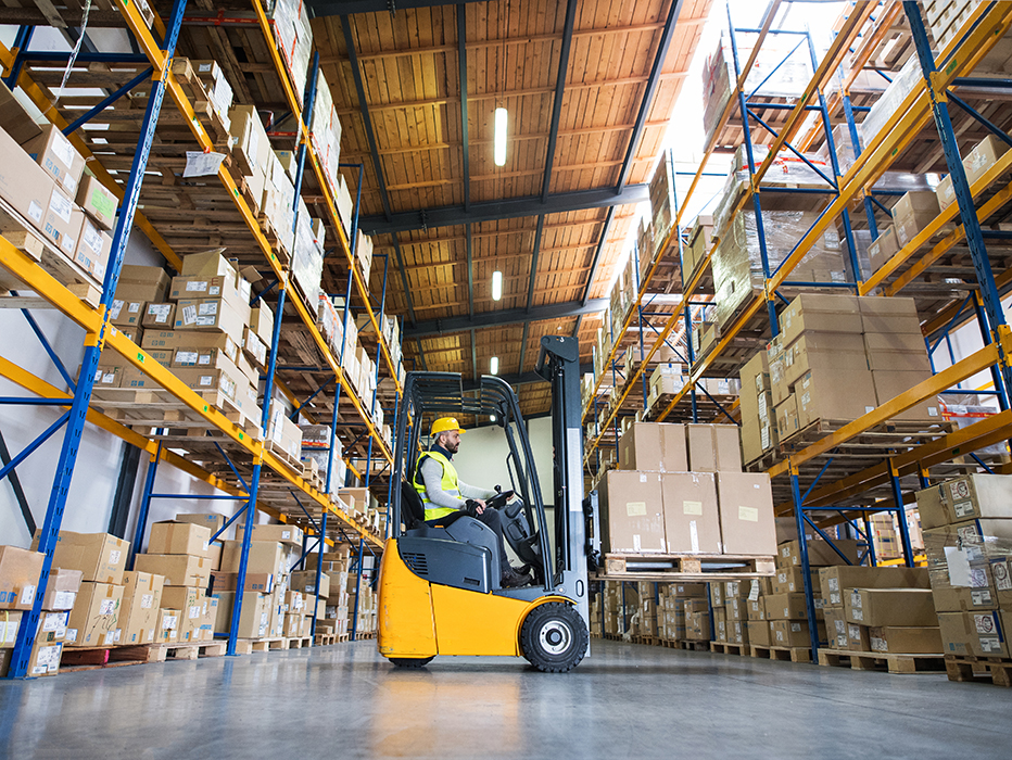 Logistics sector: trend towards warehousing leading to new risks
